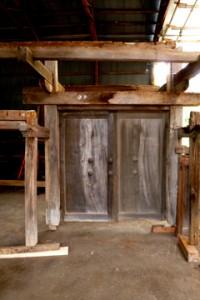 袖塀付門扉