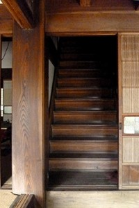 大黒柱と階段