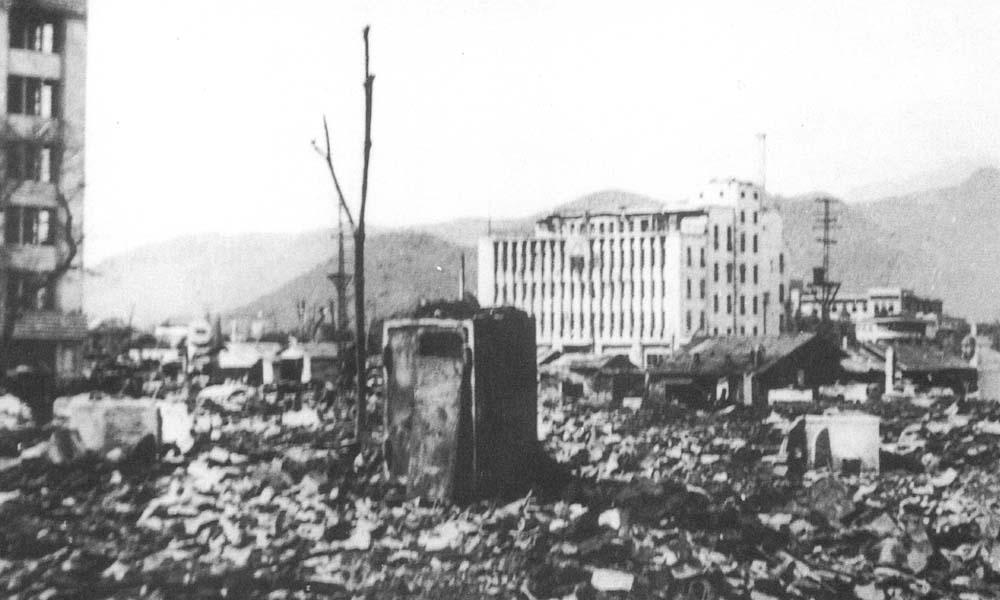 空襲後の甲府