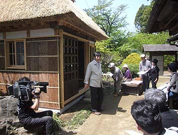 美壺庵について解説する伝匠舎代表の石川