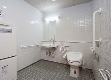 竣工内観 身障者用トイレ その2