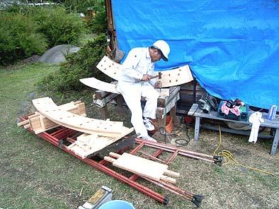水輪の修理工事 傷んだパーツを取り換えます