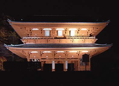 高野山金剛峯寺の大門