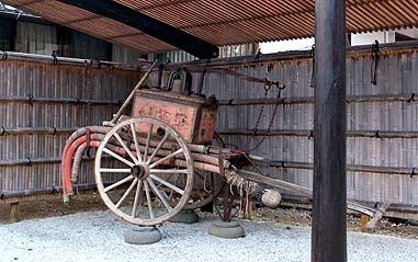 大正8年3月に購入された手漕ぎの消防ポンプ車