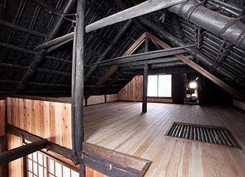 再生された小屋裏部屋