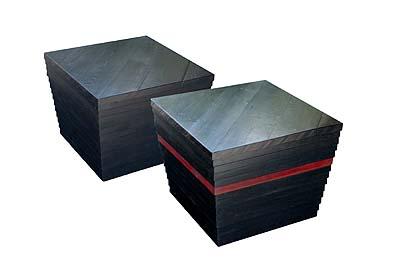 フスマの枠で作ったテーブル 高さ42cm、幅57 cm角