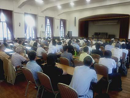 滋賀県大津市の旧大津公会堂での講習会の様子。昭和9年に建設されたこの建物も登録有形文化財に指定され、市民に親しまれ様々に活用されています