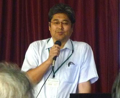 講義する文化庁・豊城浩行参事官