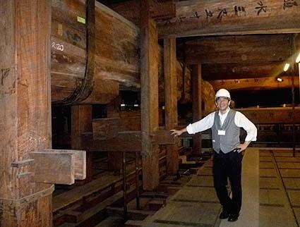 東本願寺小屋の巨大な木材にビックリ
