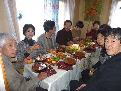 田舎料理をいただきました。おいしい野菜がたっぷりでしたがカロリーもある食事に満足