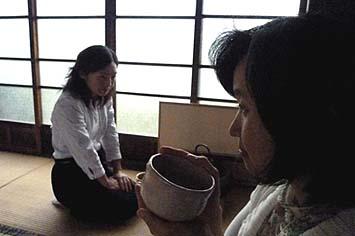 弊社社長夫人の順子さんも社長とともにお招きをいただきました。